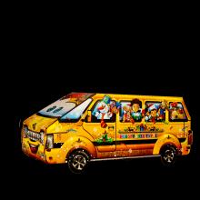 Новогодний микроавтобус